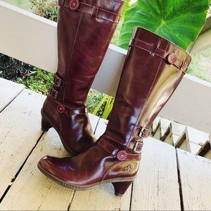 DR MARTEN | EUC Burgundy Size 7 tall heel boots